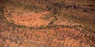 Waterloop de West- van Macdonnell Ranges op het Noordelijke Grondgebied van Australië Stock Afbeeldingen