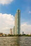 Watermark Chaophraya rzeki kondominium Obraz Royalty Free