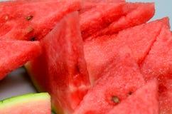 Watermeloen die op witte achtergrond wordt geïsoleerd) Royalty-vrije Stock Foto's