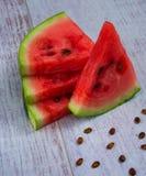 Watermeloen op een lijst Royalty-vrije Stock Fotografie