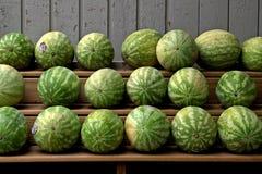 Watermeloenen voor verkoop Stock Afbeelding