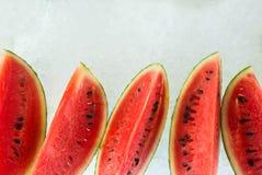 Watermeloenvertoning op ijs Stock Foto