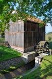 Watermill在露天博物馆在奥尔什蒂内克(波兰) 免版税图库摄影