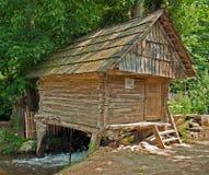 Watermill de Rudaria, Caras-Severin, Romênia Imagens de Stock