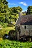 Watermill Huelgoat, ένας παλαιός και χαρακτηριστικός υδρόμυλος στη Βρετάνη Γαλλία στοκ εικόνα