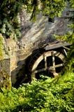 Watermill Huelgoat, ένας παλαιός και χαρακτηριστικός υδρόμυλος στη Βρετάνη Γαλλία στοκ εικόνες με δικαίωμα ελεύθερης χρήσης