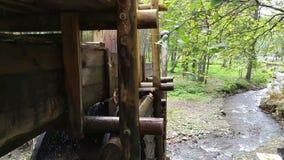 Watermill rústico com roda filme