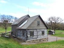 Watermill velho do solar de Bijotai, Lituânia Foto de Stock