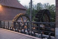 Watermolen Denekamp Singraven vid natt Arkivbild