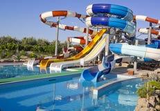 Waterpark et glissières Photos stock