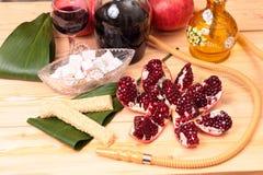 Waterpijp, wijn en snoepjes Stock Foto's