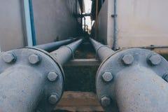 Waterpijpleiding in Waterzuiveringsinstallatie Stock Afbeeldingen