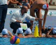 Waterpolo piłka w ostrości francuska drużyna w tle Obraz Stock