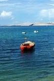 Waterscape с рыбацкими лодками в Хорватии Стоковые Фотографии RF