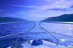 Waterscape blu dalla barca 2 Fotografie Stock