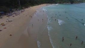 Waterscape desproporcionado, ondas de oceano, de um helicóptero filme