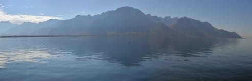 Waterscape luttent sur le Lac Léman, Photos stock