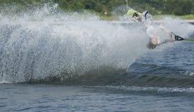 Waterskier en la acción Imagenes de archivo