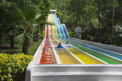 Waterslide colorido no parque da água de Vinpearl Imagens de Stock