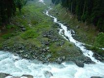 Waterstroom van gletsjer-1 Stock Afbeeldingen