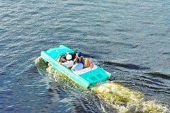 Watertaxi, Uitstekende Auto, Grappige Mensen Orlando, Florida; 31 juli, 2018 royalty-vrije stock afbeelding