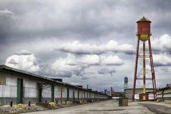 Watertorens in Pakhuisdistrict Royalty-vrije Stock Afbeeldingen