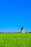 Watertower w polach Fotografia Royalty Free