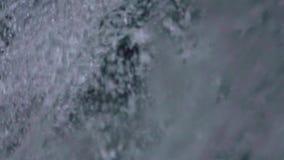 waterval in berg stock footage