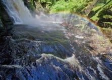 Waterval bij Bushkill-Dalingen Stock Foto's