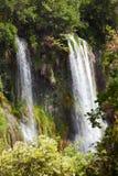 Waterval bij sillans-La-Cascade Royalty-vrije Stock Afbeeldingen