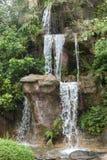 Waterval bij Verenigde Universiteit CUHK Hong Kong stock foto's