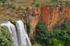 waterval bovervattenfall Royaltyfri Bild