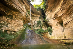 Waterval in de bergen Royalty-vrije Stock Fotografie