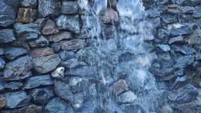 Waterval in de stad Stock Foto's