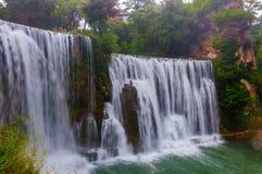 Waterval in de stad van Jajce stock afbeeldingen