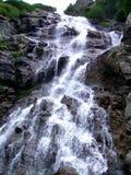 Waterval in de zomer Stock Afbeeldingen