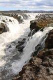 Waterval dichtbij Herdubreid, IJsland stock foto