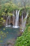 Waterval door Plitvice Lakes Stock Afbeeldingen