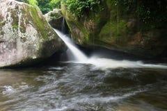 Waterval in Dos Orgaos van Parque Nacional DA Serra in Guapimirim, Royalty-vrije Stock Foto's