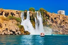 Waterval Duden in Antalya Turkije Royalty-vrije Stock Foto's