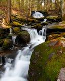 Waterval en Cascades royalty-vrije stock afbeeldingen
