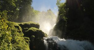 Waterval Giessbach, Bernese Oberland, Zwitserland stock footage
