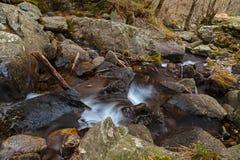Waterval in het Italiaans berg royalty-vrije stock afbeelding