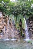 Waterval in het nationale park, Kroatië stock afbeelding