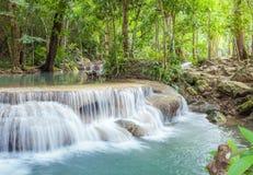 Waterval in het nationale park van Erawan, Kanchanaburi, Thailand royalty-vrije stock foto's