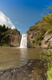 Waterval in Hunua Stock Foto
