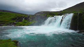 Waterval in IJsland stock footage