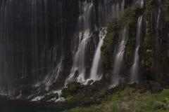 Waterval in Japan dicht bij MT Fuji stock afbeelding
