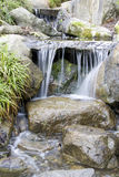 Waterval in Japanse tuin Royalty-vrije Stock Foto