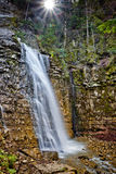 Waterval in Karpatische Berg Royalty-vrije Stock Afbeelding